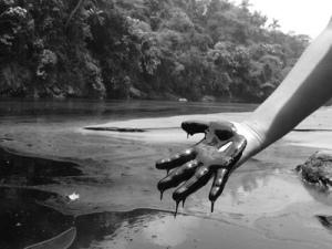 1 oil_hand