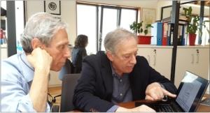 Harvey Weiss ve Ömer Madra Açık Radyo'da. (Fotoğraf: Jak Kori)