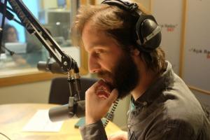 105-dunyayi degistir-dinleyici-destek-projesi-acik radyo
