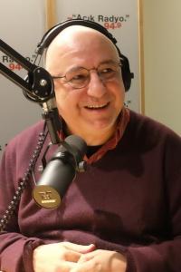 108-dunyayi degistir-dinleyici-destek-projesi-acik radyo