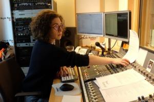 96-dunyayi degistir-dinleyici-destek-projesi-acik radyo