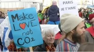 Paris'te yapılan alternatif iklim zirvesi Halkın İklim Zirvesi'nden bir ayrıntı.