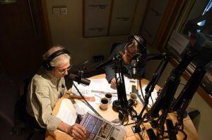 13. Açık Radyo Günleri Dinleyici Destek Projesi Özel Yayını devam ediyor. Ömer Madra ve Eraslan Sağlam canlı yayın stüdyosunda.