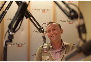 Açık Radyo dinleyicisi ve destekçimiz Ali Erdem stüdyo konuğumuz.