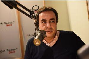 Açık Radyo dinleyicisi ve destekçimiz Kaya Sarıbeyoğlu stüdyo konuğumuz.